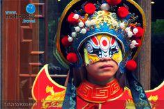 Bian Lian, o la cara que cambia, como se le conoce en el mundo occidental, es un antiguo arte dramático asociado con la ópera china de la provincia de Sichuan.