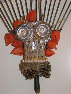 rake head wreath fall upcycled repurposed, crafts, repurposing upcycling, wreaths
