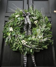 Christmas Wreath.    I think there's a pattern here... I like black doors!  :)  Lol