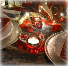 Dining Delight: Last Minute Valentine Tablescape Inspiration