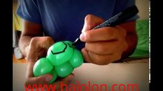 How to make a balloon Turtle Bracelet - Balloon Twisting - If you want to learn how to make a balloon turtle bracelet with balloons, this video is a great one. easy to learn. just watch it and make your turtle step by step.  #balloon #balloontwisting #balloonanimals #balloonart #balloonturtle