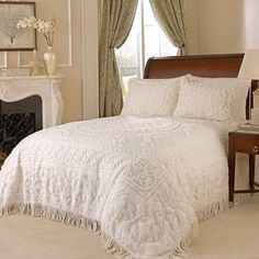 Amazon.com - Beatrice Home Fashions Medallion Chenille Bedspread, Queen, Ivory -