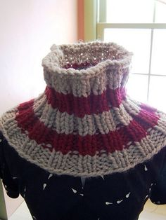DIY  Knitted chunky neck-warmer Pattern