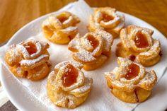 Egy igazi fánk különlegesség - Rózsafánk recept ~ A Retro Klub hivatalos oldala Donut Recipes, Cake Recipes, Cooking Recipes, Ital Food, Sweet Cookies, Hungarian Recipes, Dessert Bread, Recipe Images, Winter Food