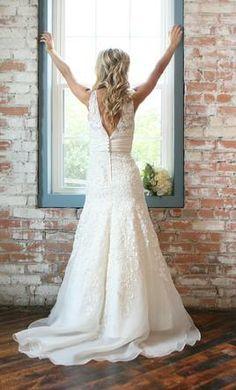 Used Watters Wedding Dress 8078b, Size 2