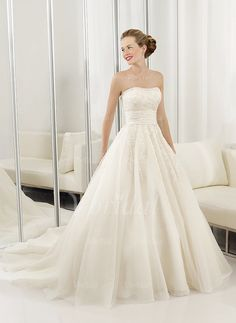 Wedding Dresses - $244.69 - Ball-Gown Strapless Sweetheart Court Train Organza Satin Wedding Dress With Ruffle Lace (00205000948)