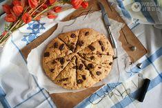 http://wegannerd.blogspot.com/2012/11/scones-z-dynia-zurawina-i-czekolada.html
