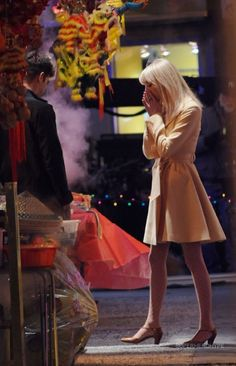 New Looks At Andrew Garfield As Peter Parker & Emma Stone As Gwen Stacy On The Set Of 'The Amazing Spider Man 2