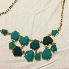 Francesca's geometric statement necklace Geometric statement necklace with several shades of turquoise on it  no paypal.                                                      Use the OFFER feature & I'll accept most offers!                                                               Follow my Instagram: alyssa_a ❤️ Francesca's Collections Jewelry Necklaces
