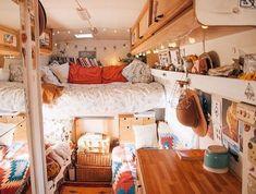 7 Hippie Bohemian ideas for a dreamy van life - Daily Dream Decor life hacks life aesthetic life budget life interior life vehicles Bus Living, Tiny House Living, Bus Life, Camper Life, Campers, Camper Van, School Bus Camper, Kombi Home, Van Home