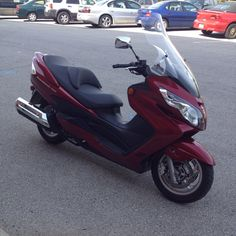 Ride #30. 2008 Suzuki Bergman 400. Impressive little maxi-scooter with a ton of storage capacity under seat and fairing compartments. A little slow off the line but picks up to top speed of 90. Took it on Hwy 69 and smiled past a dude driving a new Corvette.