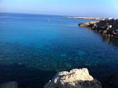 Bonjour les amis, me voila en Grèce. On oublie un peu la crise et on admire la beauté de la nature en Grèce. Beaux paysages de Grèce depuis mon bateau.