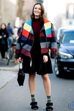 Pin for Later: The Best Street Style Looks From Milan Fashion Week Day 1 Street Style Around The World, Top Street Style, Milan Fashion Week Street Style, Street Style 2016, Fashion Week 2016, Milano Fashion Week, Autumn Street Style, Cool Street Fashion, Street Style Women