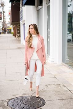 Mocha pink trench coat and all with with nude heels. #HelloGorgeous