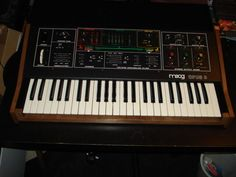 Moog Keyboard Synthesizer with sustain pedal and manuals vintage gear Moog Synthesizer, M Audio, Drum Machine, Music Stuff, Keyboard, Flash Drive, Things To Sell, Ebay, Vintage