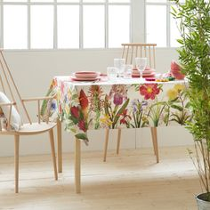 DIGITAL BOTANIC PRINT TABLECLOTH AND NAPKIN - Tablecloths & Napkins - Tableware | Zara Home Turkey