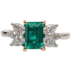 1980s Tiffany and Co. 1 Carat Emerald and Diamond Platinum Yellow Gold Ring For Sale at 1stdibs