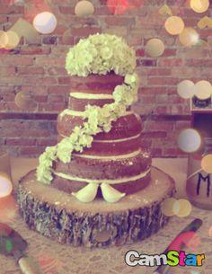 Naked wedding cake #rustic #wedding #country