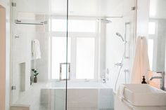 5 House Hacks for more Luxurious Living Interior Architecture, Interior Design, Living Styles, Bathroom Inspo, Home Hacks, Humble Abode, Beautiful Bathrooms, First Home, Luxury Living