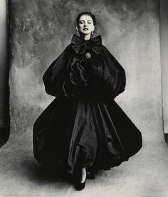 Balenciaga Harem Dress (Diane), Paris, 1950,  by  Irving Penn. #artSelecta #artPhoto #oldFashion