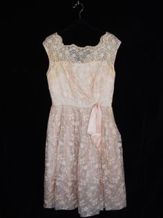 50's lace pale pink peach dress floral by threadedheart on Etsy, $60.00