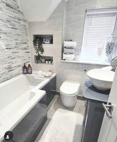 Dream Bathrooms, Small Bathroom, Design Your Dream House, Luxury Homes Dream Houses, Bathroom Design Luxury, Bathroom Styling, House Rooms, Home Bedroom, Bathroom Inspiration