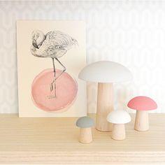 I utterly and completely in love with these little Champignóns. #champignon #kidsdecor #shelfie #girlsroom #love #wooden #nurserydecor #cute #pink #flamingo #brikivroomvroom