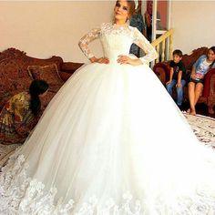 Vestidos De Novia Princess Ivory Lace Long Sleeve Ball Gown Wedding Dresses 2016 Puffy Tulle Bridal Wedding Gown Robe De Mariage Gelinlik