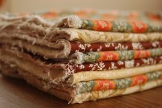Blissfully Content: Make Your Own Everyday Dish Cloths. I love her stuff and so thankful she has shared her ideas!