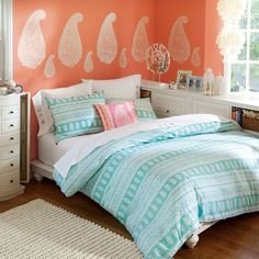 teen bedroom ideas for girls | Love the books arranged by color of their jacket! A striking bedroom ...