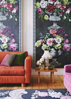 deco too ! (floral panels are from designers guild 'ornamental garden'). Great idea for garden room panels! Sweet Home, Home Design, Interior Design, Wallpaper Wall, Wallpaper Panels, Living Room Prints, Living Rooms, Estilo Country, Country Style