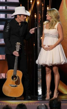 Watch Carrie Underwood & Brad Paisley Poke Fun at Renee Zellweger, Post-Partum Taylor Swift Disorder and More at 2014 CMA Awards | E! Online Mobile