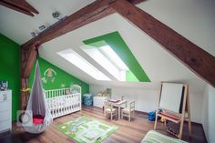 nursery-dachschraege-holztraeger-wall color-green-white-haengematter-cot-toys - Best Home Decorating Ideas - Easy Interior Design and Decor Tips Girl Room, Girls Bedroom, Arch Interior, Interior Design, Cot Toys, Cool Kids Rooms, Kids Room Design, Nursery Furniture, Furniture Ideas