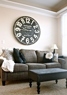 New Ideas farmhouse living room wall decor big clocks Room Makeover, Above Couch, Wall Decor Living Room, Living Decor, Interior, Living Room Decor, Home Decor, Home And Living, Home Living Room