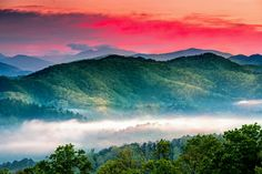 Sunrise along the Foothills Parkway near Townsend, Tennessee