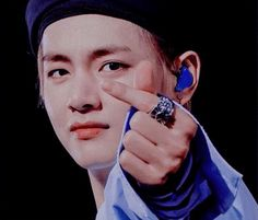 𝓚𝓲𝓶 𝓣𝓪𝓮𝓱𝔂𝓾𝓷𝓰 Bts Bangtan Boy, Bts Jimin, Seokjin, Hoseok, Kim Taehyung, Most Handsome Men, About Bts, Bulletproof Boy Scouts, Bts Pictures