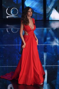 Madalina Ghenea hosts Day 3 of the Sanremo Festival wearing Vionnet Resort 2016