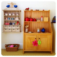 Toy kitchen from a mini hutch. Diy Kids Kitchen, Toy Kitchen Set, Baby Toys, Kids Toys, Triple Bunk Beds, How To Make Bed, Vintage Toys, Diy For Kids, Liquor Cabinet
