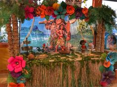 This was a great setup using vibrant colors for the flowers and my DIY palm trees tied all in making it a hit at the party. Moana Birthday Decorations, Moana Birthday Party Theme, Moana Theme, 5th Birthday Party Ideas, Luau Birthday, Party Themes, Moana Backdrop, Cake Smash Backdrop, Party Kulissen