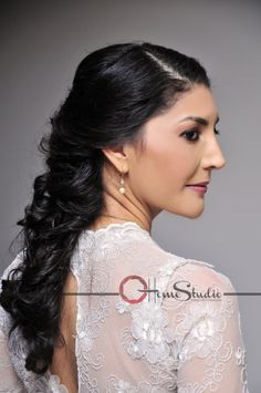 FOTO ESTUDIO  DE NOVIA.  #cabello# #peinado# #novia# #vestido# #detalles# #bodas# #fotografía#