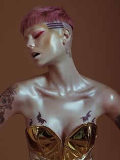 Photography: Michele Yong Model: Echo Nittolitto