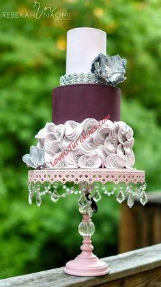 Opulent Treasures Chandelier Ball Base Round Cakes White (set of Beautiful Wedding Cakes, Gorgeous Cakes, Amazing Cakes, Elegant Wedding, Rustic Wedding, Fondant Cakes, Cupcake Cakes, Bolo Fake Eva, Chandelier Cake