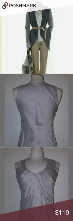 Brunello Cucinelli sleeveless silk top Beautifully crafted. Such a versatile top in very  neutral shade. Looks awesome with slacks, under a blazer or with jeans. Excellent condition. 9467 Brunello Cucinelli Tops Tank Tops