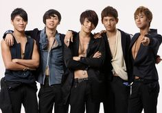 [Rumor]SM Entertainment hints at 5-member TVXQ reunion? dont mess with my emotions....