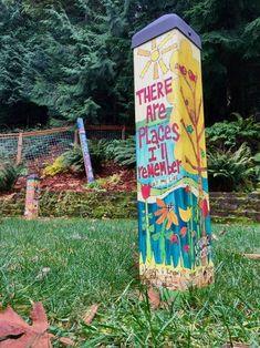When I am unsupervised for a weekend. Outdoor Art, Outdoor Gardens, Outdoor Ideas, Outdoor Sculpture, Peace Pole, Garden Whimsy, Garden Junk, Garden Poles, Pole Art