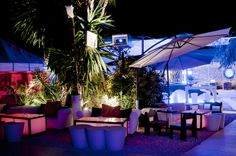 km 5 ibiza Ibiza, Lounge, The Good Place, Restaurant, Table Decorations, Lighting, Cant Wait, Places, Holiday