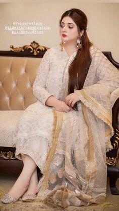 Pakistani Fashion Party Wear, Pakistani Wedding Outfits, Indian Party Wear, Pakistani Bridal Wear, Indian Bridal, Indian Fashion, Womens Fashion, Wedding Outfits For Women, Wedding Dresses For Girls