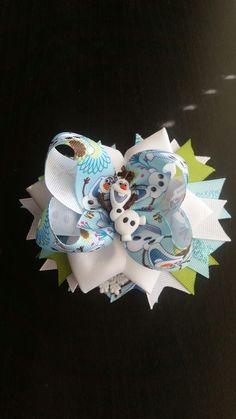 Custom made Olaf hair bow.