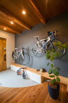 Amazing space-saving bike storage ideas indoor for small room and apartments. These indoor bike storage solutions are for pedal pushers who can't part with their bike. Vertical Bike Storage, Indoor Bike Storage, Overhead Garage Storage, Bicycle Storage, Garden Tool Storage, Diy Storage, Storage Ideas, Bike Storage Cabinet, Bike Storage Apartment