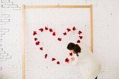 Lovely Heart Themed ValentineS Day Diy Ideas For Office 44 Lovely Heart Themed ValentineS Day Diy Ideas For Office 44 decoration Valentine Theme, Valentines Day Decorations, Diy Wedding Decorations, Valentines Diy, Flower Decorations, Paper Decorations, Diy Backdrop Stand, Banner Backdrop, Valentine's Day Diy